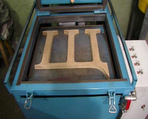Вакуумный стол для формовки